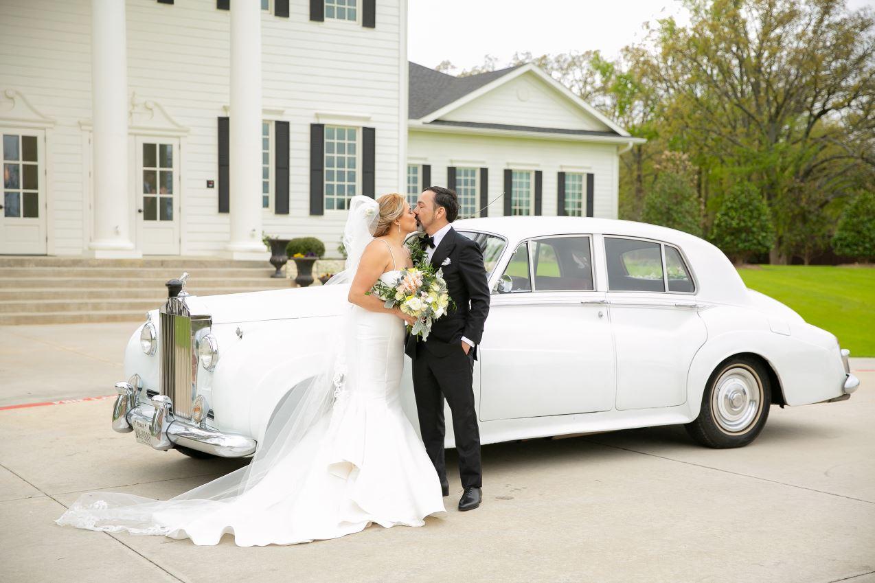 all-that-glam-wedding-planner-dallas- wedding-floral 17