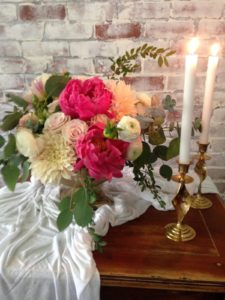 all-that-glam-floral-design-wedding-planner-wedding-stylist-coral-peony (1)