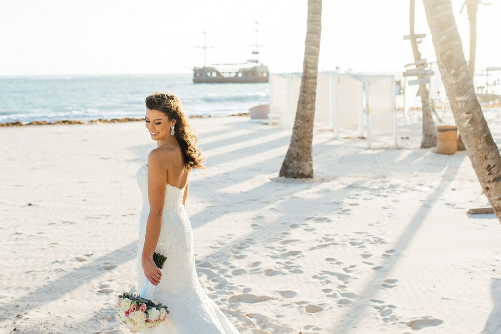 how to become a destination wedding planner