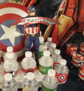 all-that-glam-sweet-dessert-table-avengers (14)