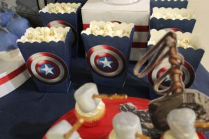 all-that-glam-sweet-dessert-table-avengers (5)
