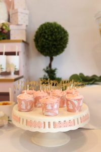 sweet-table-baby-shower-little-bunny-all-that-glam (11)
