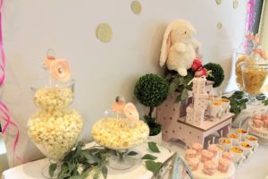 sweet-table-baby-shower-little-bunny-all-that-glam (13)