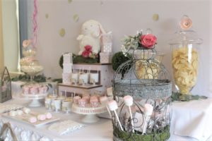 sweet-table-baby-shower-little-bunny-all-that-glam (24)