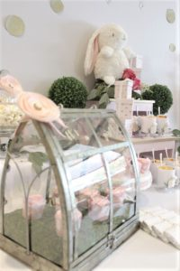 sweet-table-baby-shower-little-bunny-all-that-glam (31)
